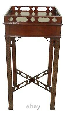 50351EC COUNCILL CRAFTSMEN Chippendale Mahogany Square Occasional Table