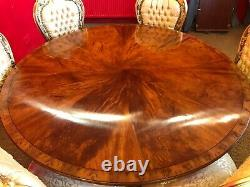 5ft William IV style Burr Walnut Grand dining table. Pro French polished