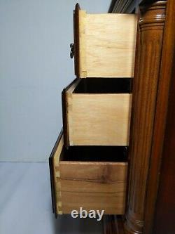 American Drew Cherry Wood 3-Drawer Bachelor Chest Table Nightstand Chippendale