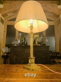 Antique Brass Corinthian Pillared Nelsons Column Table Lamp With Wreaths