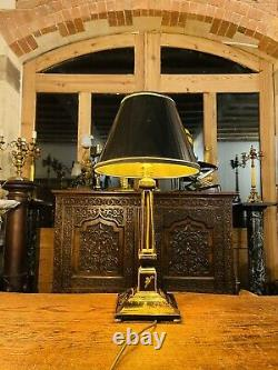 Antique Chinoiserie Black Lacquered Wooden Table Lamp
