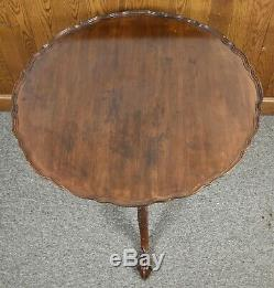 Carved Chippendale Mahogany PieCrust Tea Table Claw & Ball Williamburg Style