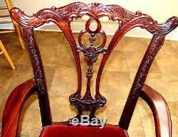Chippendale Mahogany Dining room set. Table with8 Chairs. Carved & Ball & claw