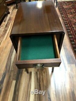 Craftique Pembroke Butterfly Table