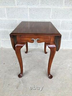 Drexel Heritage Coventry Manor Mahogany Queen Anne Drop Leaf Side Table