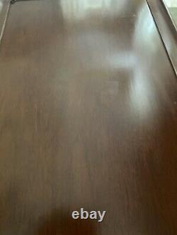 Henkel-Harris Solid Mahogany Tea Table