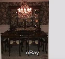 KARGES Chippendale dining room china cabinet and 6 chippendale chairs