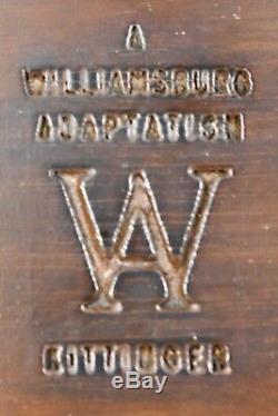 KITTINGER Williamsburg Round Mahogany Candlestick Occasional Table WA 1010
