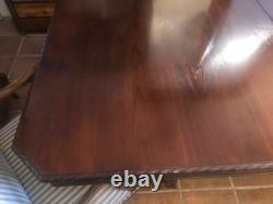 Large Antique Chippendale style Mahogany Dining Table, carved edges one leaf