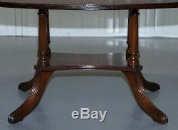 Lovely Pillared Leg Vintage Mahogany Oval Coffee Or Cocktail Table Nice Vintage