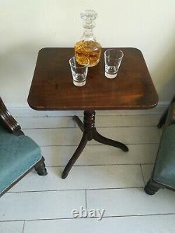 Mahogany Tilt top Tripod Wine Table Lamp Side End Ornately Turned Column Antique