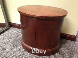 Oval END TABLE Bernhardt MAHOGANY c2000 Chippendale Georgian Style BACK FINISHED