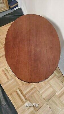 Oval Mahogany Chippendale Style End Table Grand Rapids