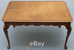 Vintage 1920's Burr Walnut 4 To 6 Person Dining Table Elegant Cabriolet Legs