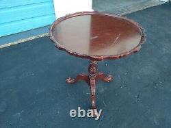 Vintage Chippendale Claw leg Mahogany Tilt Top Round Table Piecrust Tripod