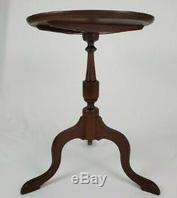 Vintage Chippendale Mahogany Tilt Top Accent Table Antique