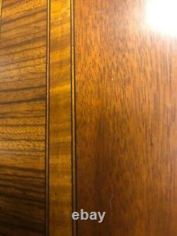 Vintage chippendale Dining Room table inlay edge excellent 2 leaves