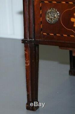 18ème Siècle Rare Marqueterie Marqueterie Dutch Side Table Avec Porte Fronted Tambour