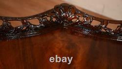 1920 Antique Anglais Chippendale Crotch Acajou Sculpté Table Centrale
