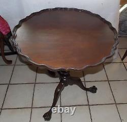 Acajou Sculpté Pie Croustillant Chippendale Parlor Table / Lampe Table Impériale (t762)