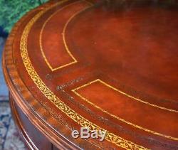 Années 1920 Anglais Chippendale Acajou Rouge En Cuir Dessus De Table De Centre / Hall