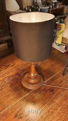 Antique Arts & Crafts Sculpté Chêne Pédonculé Table Lamp
