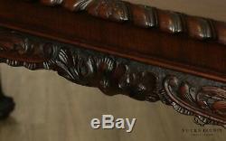 Antique Géorgien En Acajou Sculpté Ball Et Claw 64 Console