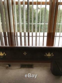 Baker Furniture Historique Charleston Acajou Chippendale Table D'écriture / Bureau