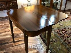 Beau Craftique Vintage Table De Jeu