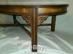 Beautiful Vtg Lane Table Basse Ovale En Acajou Et Noyer Chinois Chippendale Asiatique