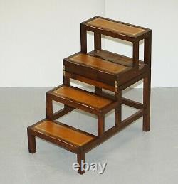 Belle Bibliothèque Métamorphique En Cuir Brun Édouardien Ladder Steps Table Basse