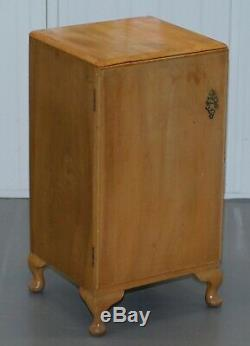 Belle Lumière Noyer Chambre Side Table 1960 Avec Un Seul Tiroir Et Tablette