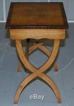 Brand New Bevan Funnell Burr / Burl Oak Tables Gigognes Absolument Magnifique