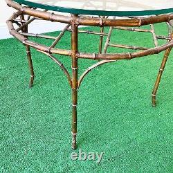 Bronze Faux Bamboo Vintage Palm Beach Regency Rond Chippendale Table À Café