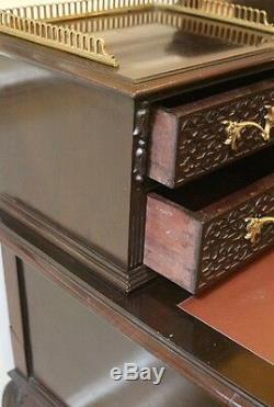 Bureau Chippendale Antique Sculpté, Table À Écrire Pour Femmes. Anglais, Acajou Foncé