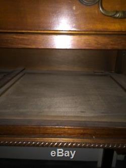 Console Chinoise Antique À 2 Tiroirs Chippendale Et Acajou