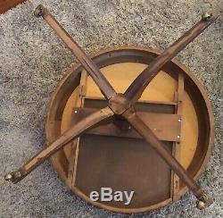 Cuir Antique Round Top Acajou Mersmandrum Table Avec Tiroir Chippendale