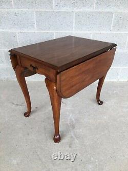 Drexel Heritage Coventry Manor Ahogany Queen Anne Drop Leaf Table Latérale