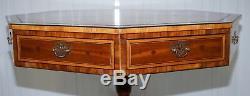 Entièrement Regency Entiers Circa 1820 Octogonal Centre Table Bouillotte Bonnie En Cuir