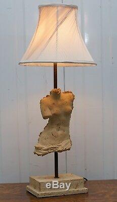 Estampillé Atelier Michel Cayla Buste De Torse En Pierre De Mâle Converti En Lampe De Table