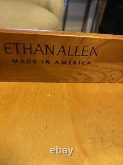 Ethan Allen Georgian Court Cherry Bachelor Chest Nightstand Table De Fin