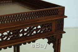 F32135ec Chinois Chippendale Acajou Occasional Table