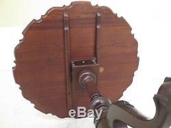 F46942ec Kittinger Table À Croûte À Tarte En Acajou Sculpté De Style Vintage
