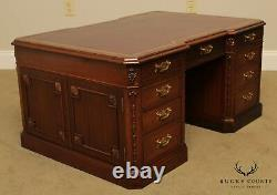 Georgian Furniture Co. Ahogany Minature Executive Desk, Table De Café