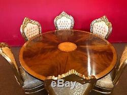 Grande Table De Salle À Manger Circulaire En Acajou Sunrise Flame, Superbe