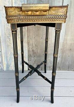 Grande Table Plateau Vintage En Laiton Orné Sur Base En Bambou Faux Pliable Noir & Doré