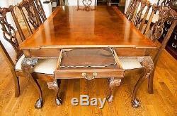 Hendredon Acajou Table À Manger Et 6 Chaises 3000,00 $