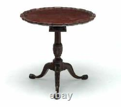 Henkel Harris Chippendale Style Ahogany Pie Crust Tilt Top Table