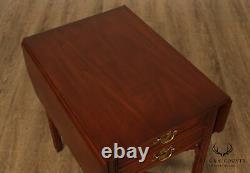 Henkel Harris Chippendale Style Paire Drop Leaf Pembroke Tables Latérales