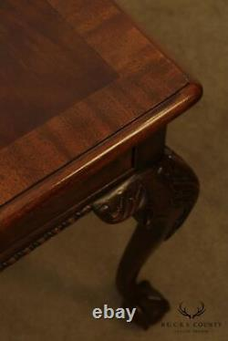 Henredon Rittenhouse Square Ahogany Chippendale Style Bal Et Griffe Table Latérale
